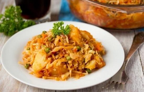 Овощное рагу из кабачков с капустой рецепт