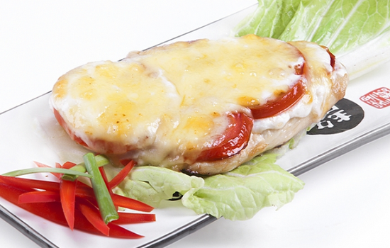 Курица с картошкой помидорами под сыром в духовке рецепт